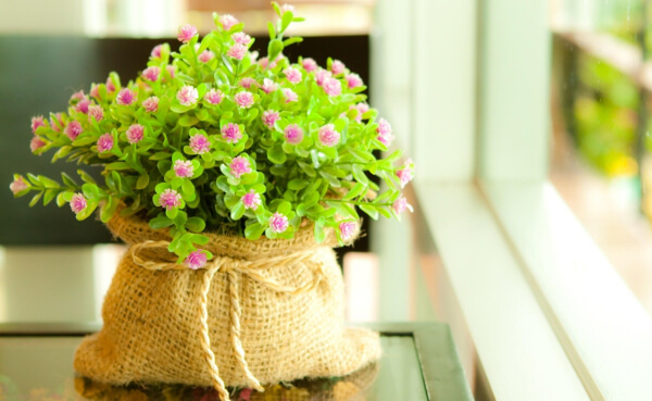 8 grandes ideas para decorar tu hogar con flores for Decoracion de casas hechas a mano