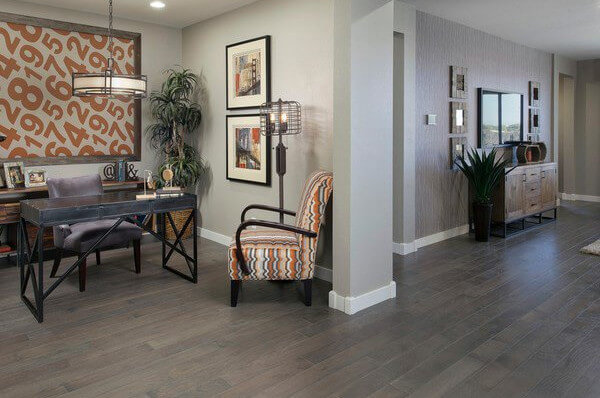 C mo elegir el color del parquet seg n tus muebles - Muebles grises paredes color ...