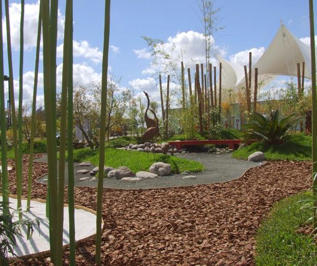 Senderos for Decoracion jardin grava